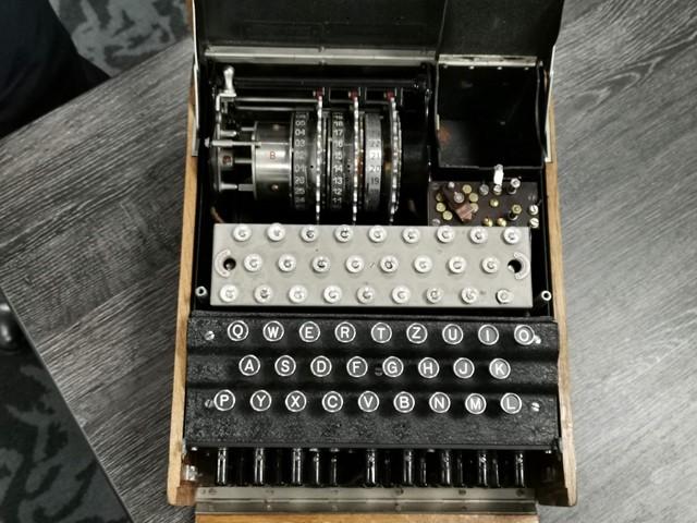 enigma-machine-keyboard.jpg?anchor=cente