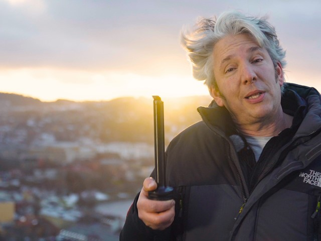 Engineer and Inventor Edd China visits Sandvik Coromant to