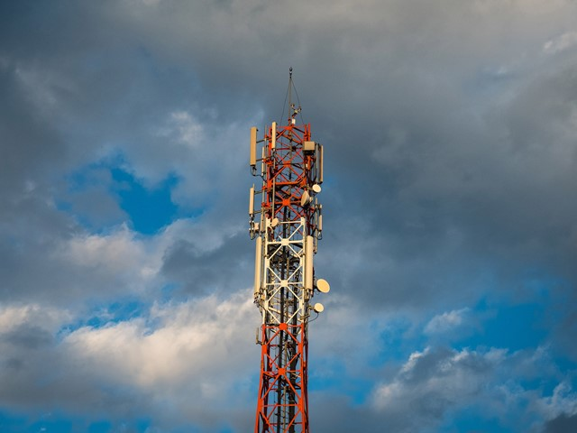 Vodafone and O2 agree to share 5G infrastructure | E&T Magazine
