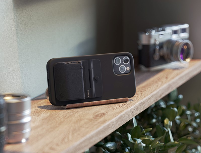 Fjorden Grip camera accessory for iPhone - on the shelf - inline