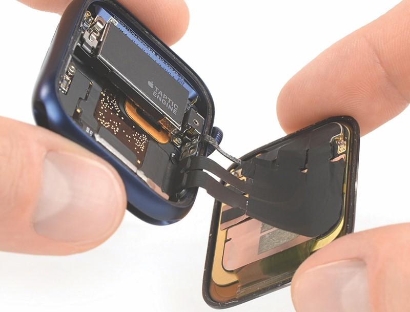 Apple Watch 6 teardown - inline