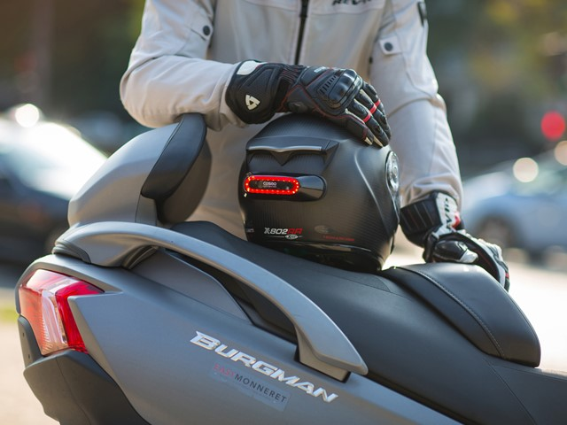 Hands-on review: Cosmo Connected smart brake light for motorcycle