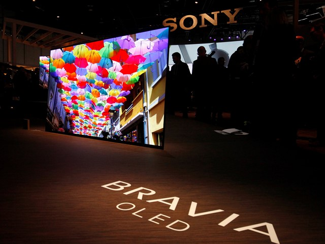 Lg Unveils Wallpaper Thin Tvs Sony Builds Speakers Into Its