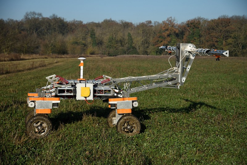 Weed-mapping robot cuts chemical usage
