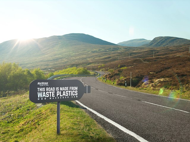 Plastic waste converted into road paving material at Scottish factory | E&T Magazine