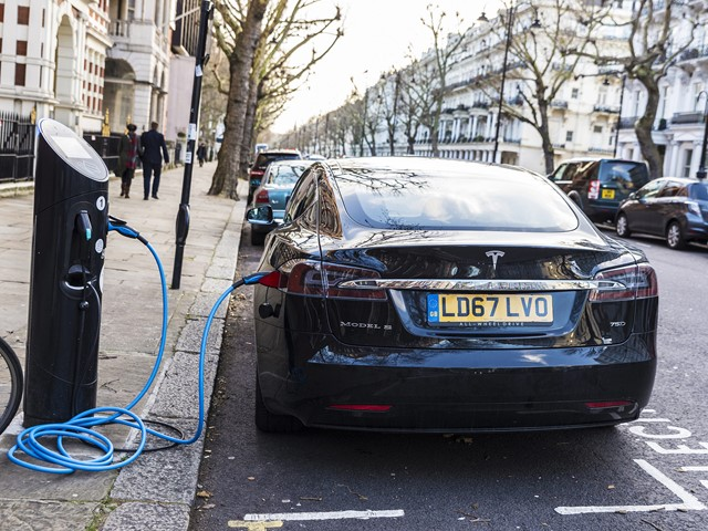 Price Of Electric Cars Is Main Barrier To Eu Mass Adoption E T