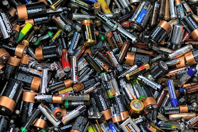 Biodegradable Battery Made Of Paper Could Help With E Waste Reduction